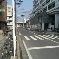2、3分歩くと、新松戸総合病院が見えてくるので、そのまま直進。